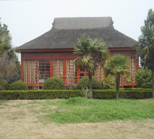 以木屋文化为核心脉络,以木屋建筑为特色景观,结合自然环境,民俗风情