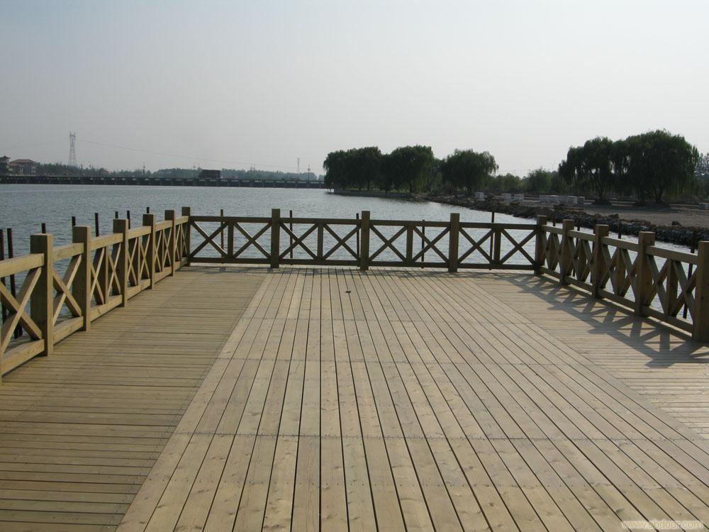 地桥排水系统设计图