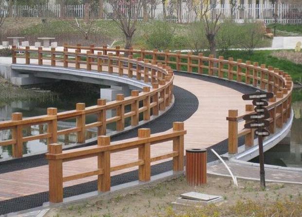 美的木质小筑栏杆