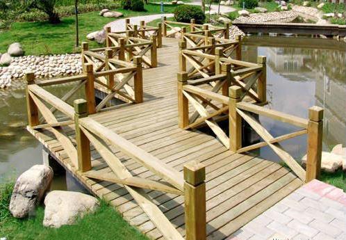 景观类的如木栈道,户外木地板,葡萄架,花架,外部廊架,亲水平台搭建,水